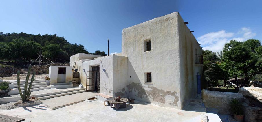 Sustainable refurbishment ibiza franvazquez - Ibiza casas rurales ...